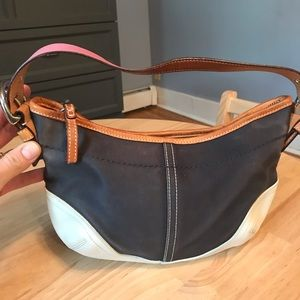 Authentic Coach Shoulder bag.